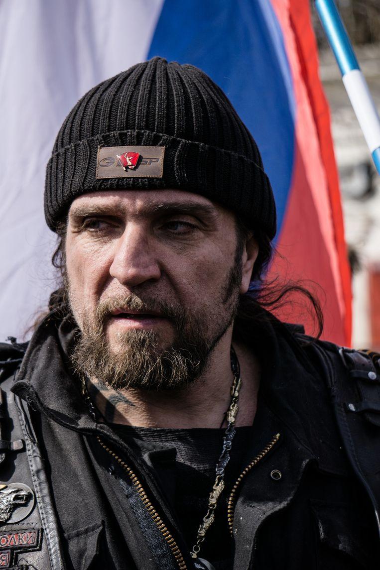 Alexander Zaldostanov, alias 'de chirurg'. Hij is sinds 1989 de leider van de Nachtwolven, de eerste officiële motorclub in de Sovjet-Unie. De laatste jaren schurken zij tegen het Kremlin aan. Beeld getty