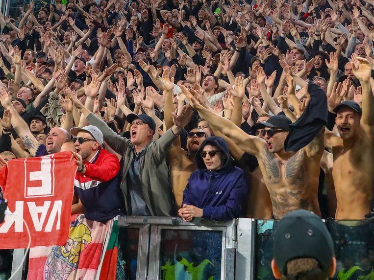 De meegereisde Ajax-fans beleefden opnieuw een droomavond.