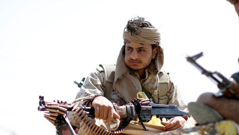 Een Houthi-rebel in de hoofdstad Sanaa. Beeld reuters