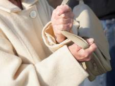 Weduwe tegen hoofd geslagen en kunstgebit van 81-jarige kapot getrapt: overvaller krijgt er in beroep nog 4 jaar cel bij