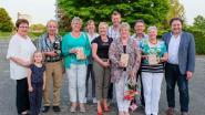 Gemeente zet vrijwilligers in de bloemetjes