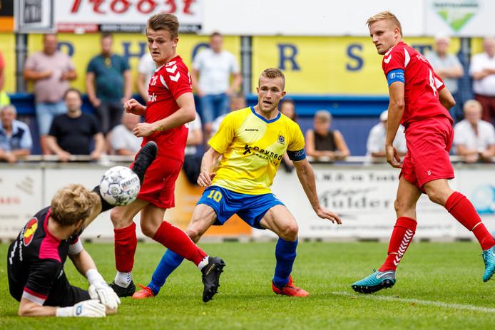 Staphorst verdeelde acht doelpunten over zes spelers, alleen Martijn Brakke (m) scoorde twee keer.