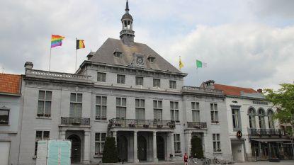 Regenboogvlag aan stadhuis en wedstrijd op sociale media: Ronse steunt Internationale Dag tegen Homofobie en Transfobie