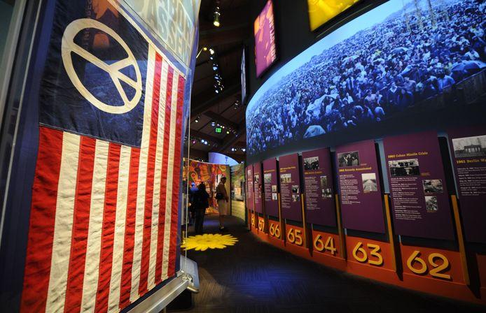 Een expositie over Woodstock en de tegencultuur van de jaren zestig in het Bethel Woods kunstencentrum.