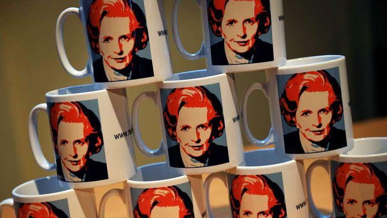 Kopjes met daarop de beeltenis van Margaret Thatcher in het Grantham Museum. Beeld afp
