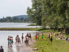 Wageningen Beach is hit in coronatijd: Strand, zon en de nodige overlast