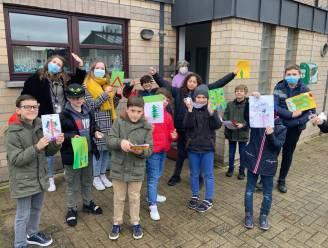 34 kinderen oefenen het Nederlands tijdens het eerste taalkamp van de vier TARL-gemeenten
