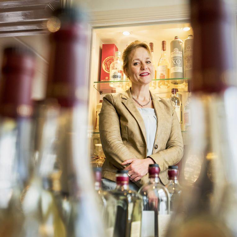 Algemeen directeur Myriam Hendrickx van distilleerderij Rutte & Zn. Beeld raymond rutting