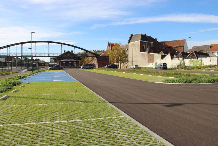 De nieuwe parking aan het station in Ronse is klaar.