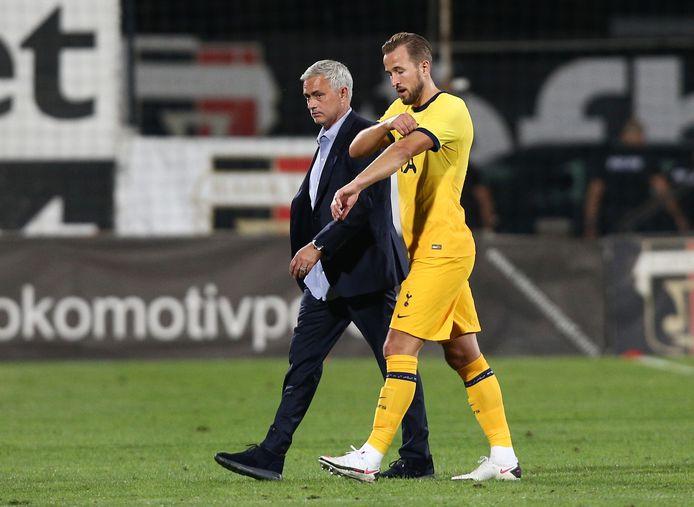 José Mourinho en Harry Kane ontsnapten vanavond in Bulgarije aan een enorme blamage.