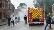 Wagen vat vuur langs Groteweg
