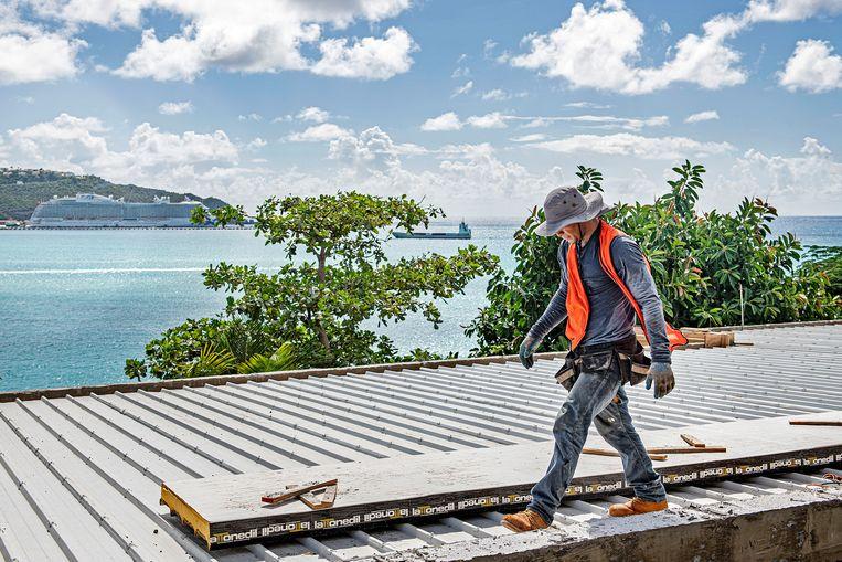 De toeristische sector heeft klappen gehad door Irma, maar is langzaam aan het herstellen. De meeste gebouwen zijn gerepareerd, maar aan sommige wordt nog steeds gewerkt. Beeld Guus Dubbelman /  de Volkskrant