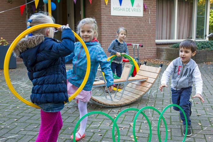 De nieuwe basisschool Misha de Vries, nu nog gevestigd in Rosmalen, mag toch verhuizen naar Vught.