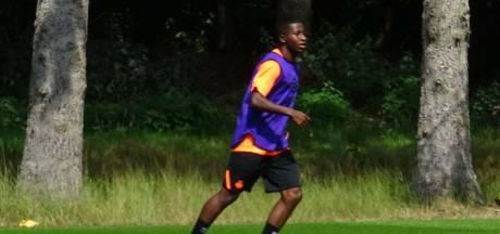 Méndez maakt debuut bij Jong PSV, dat met Gloster nog meer versterking kan krijgen