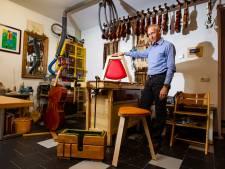 Simon Kok uit Deventer bouwt violen, cello's en het eerste opvouwbare cellokrukje ter wereld