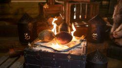 Eten en feesten als was je in Winterfell of King's Landing. Welkom in restaurant Black Smoke, het Walhalla voor de Game of Thrones-fans