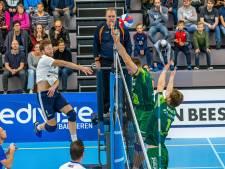 Volleyballers Sliedrecht Sport beginnen met megastunt
