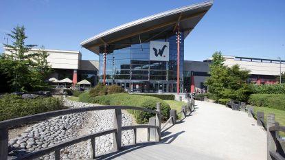 Dronken vrouw bespuwt veiligheidspersoneel Waasland Shopping Center