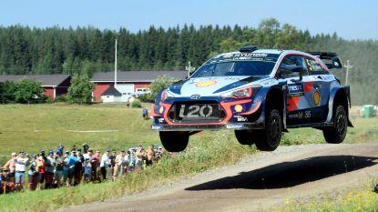 """Neuville geraakt maar niet weg van tiende plaats in Finland: """"Kunnen gewoon niet beter"""""""