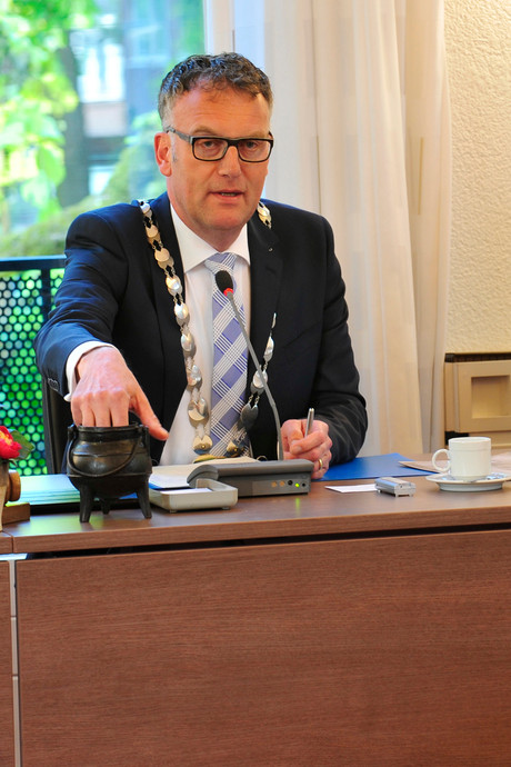 Burgemeester Janssen laat ijsbaanmotie in Oisterwijk als sneeuw voor de zon wegsmelten