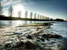 Dijkversterking rivierengebied uitgesteld, het geld is op