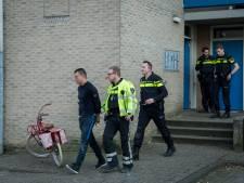 Man ontsnapt met één handboei nog om aan politie in Houten