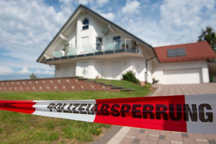 Walter Lübcke werd twee weken geleden op het terras van zijn woning in Wolfhagen bij Kassel door het hoofd geschoten.