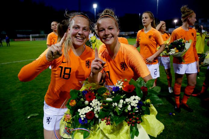 Jill Bayings en Kirsten van de Westeringh van Oranje onder 19.