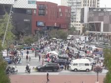 Kofferbakmarkt gehouden op het Eemplein