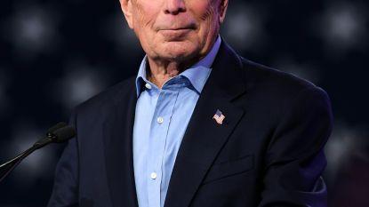 Michael Bloomberg trekt zich terug en steunt Biden