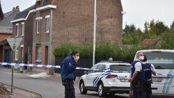 Dolgedraaide man verschanst zich in huis nadat deurwaarder passeert: speciale eenheden opgetrommeld