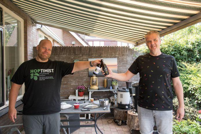 Johan Klaassen (l.) en Roelof Hannessen, alias de Hierdense Biermannen.