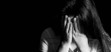 Brute verkrachting op achterbank of vrijwillige seks? 'Iedereen kan wel zo'n verhaal ophangen'