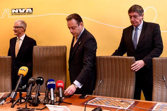 N-VA-lijsttrekkers Geert Bourgeois (Europa), Bart De Wever (Antwerpen, Vlaams parlement) en Jan Jambon (Kamer, Vlaams parlement).