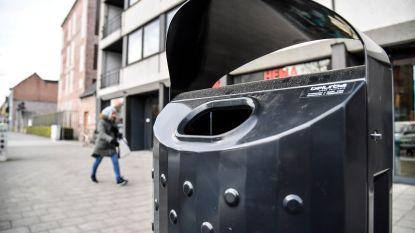 Gemeente vernieuwt straatafvalbakjes