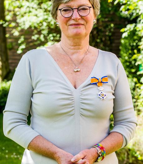 Koninklijke onderscheiding voor Annette de Klerk-Roggeveen uit Kaatsheuvel