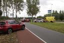 Aanrijding tussen twee auto's op de  Elshoutseweg in Oud Heusden.