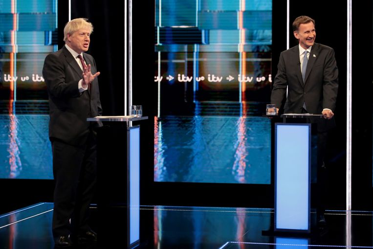 Boris Johnson en Jeremy Hunt gaan met elkaar in debat.