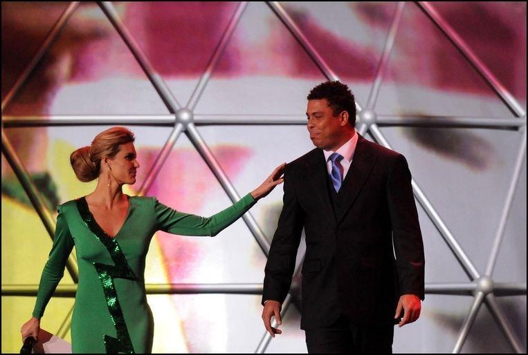 Fernanda Lima, hier met Ronaldo Beeld photo_news