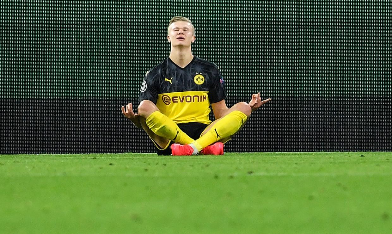 Tijd voor een zen-moment. Haaland heeft met een magistraal doelpunt zonet PSG voor de tweede maal op achterstand geplaatst.