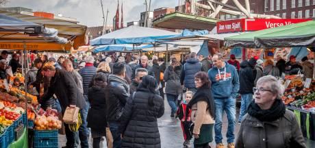 Duitse feestdag zit Enschedese zaterdagmarkt in de weg; kramen verplaatst