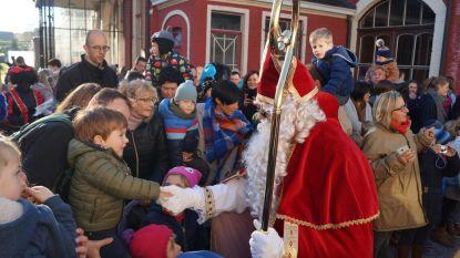 Intrede van Sinterklaas op 16 november