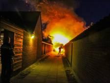 Brand verwoest schuur in Ermelo