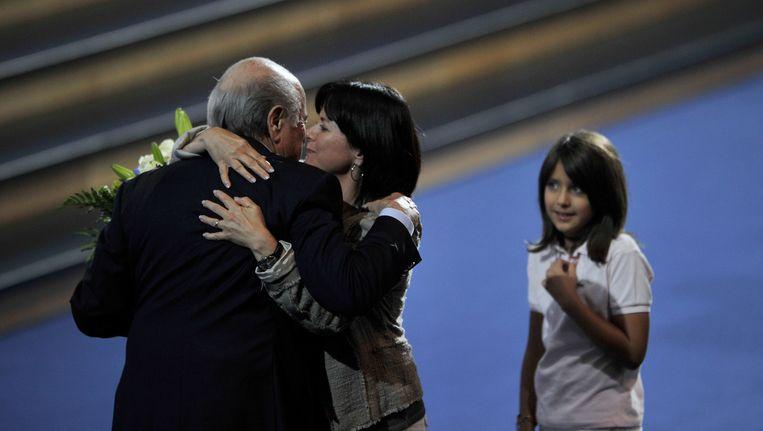 Sepp Blatter (L) met dochter Corinne (M). Beeld anp