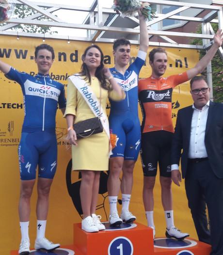 Fabio Jakobsen lost Niki Terpstra af als winnaar in Profronde Made