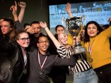 PENTA College uit Spijkenisse landelijk debatkampioen