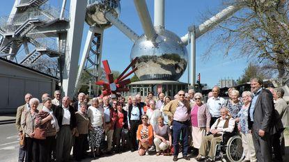 Diamanten jubilarissen bezoeken Atomium