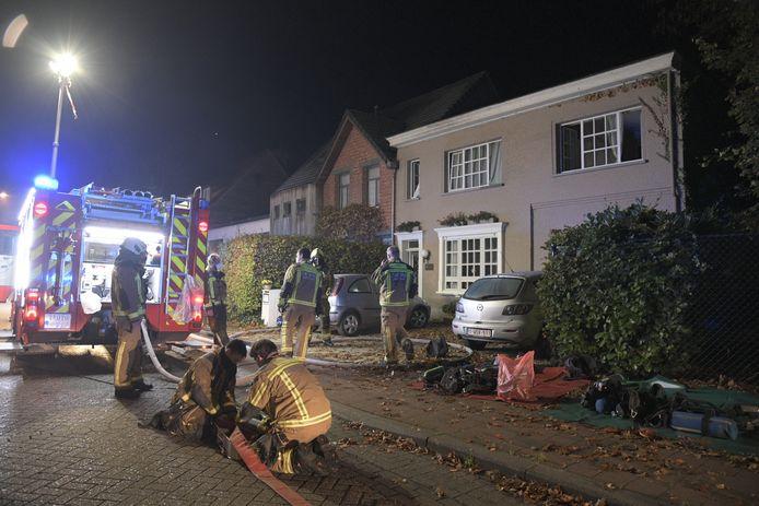 Om iets voor 5 uur vanmorgen kreeg de brandweer de melding van een woningbrand aan de Sint-Jobsteenweg.