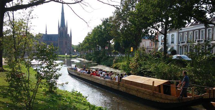 De Per Mare ad Laurium vaart door Woerden.