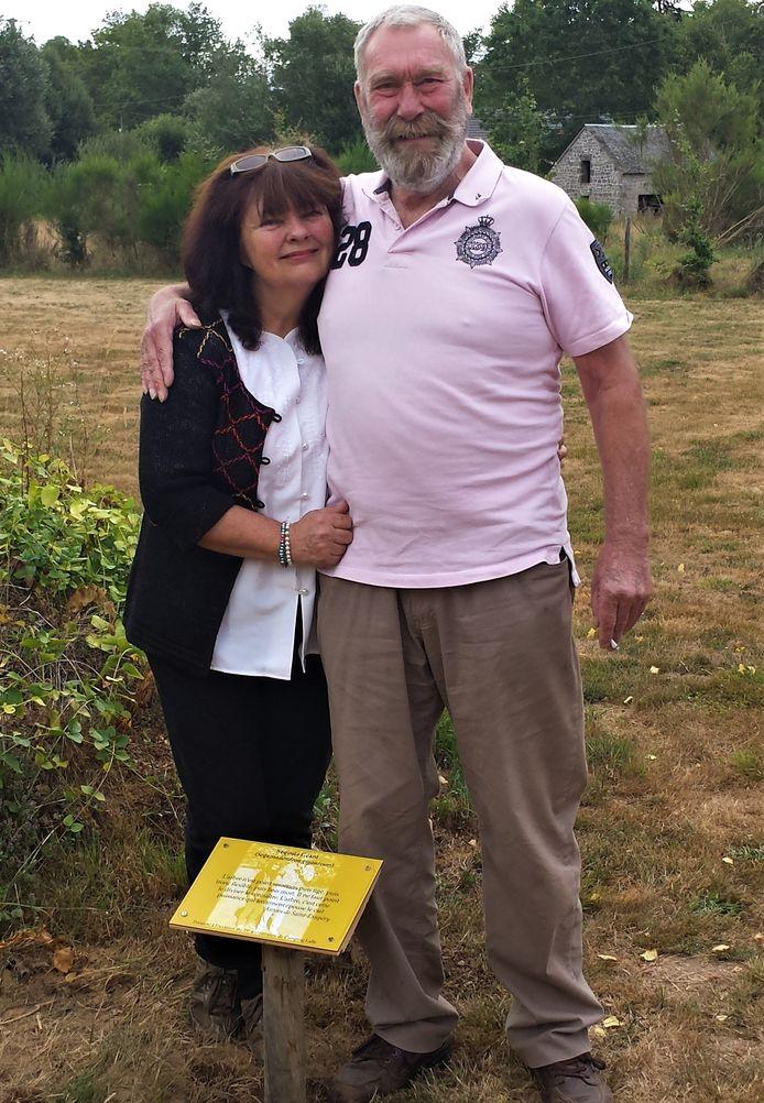 Jos en Hanny van Hoeijen in het Franse Lallé waar ze een camping runden.